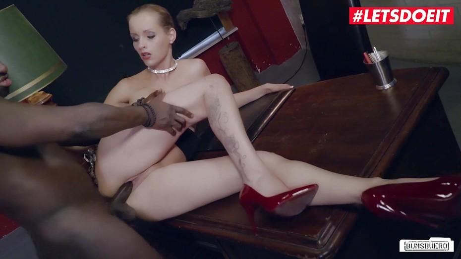 Porno anike ekina Anike Ekina